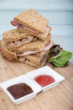 Otley, UK: Delicious bacon and sausage sandwiches