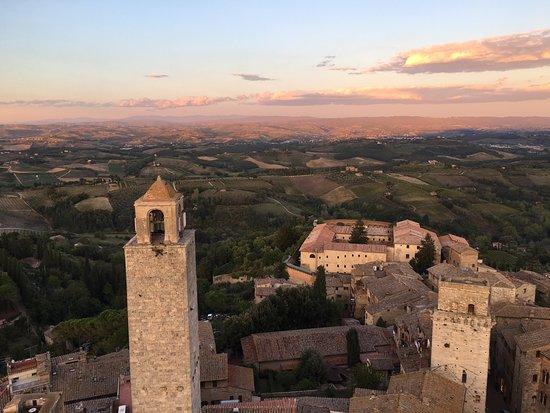Torre Grossa (o Torre del palazzo del Podesta) : Vista