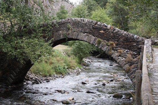 Parochie La Massana, Andorra: Le pont Sant Antoni de la Grella.