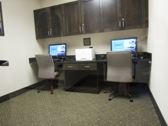 Elko, NV: Computers for guest use