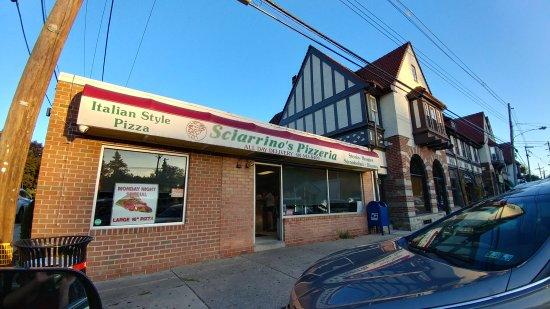 Springfield - Springfield Township, PA: Sciarrino's Pizzeria