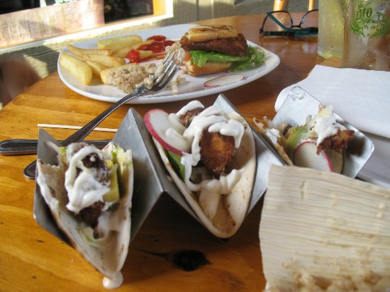 Big Woods Village: tenderloin & fries, fish tacos