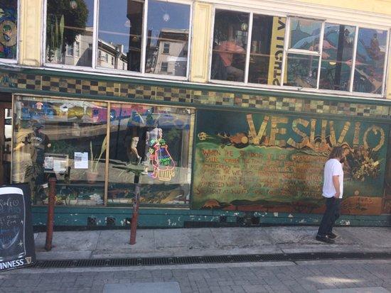 Vesuvio Cafe : photo1.jpg
