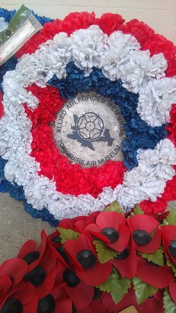Bomber Command Memorial : wreath from York Air Museum, home to a recreated Halifax Bomber from 158 Squadron