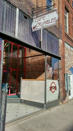 Savanna, IL:  entranceInviting