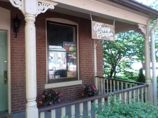 Saint Charles, MO: Don't miss Happy Camper Clothing Co. when in the Historic District!