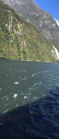 Milford Sound 사진