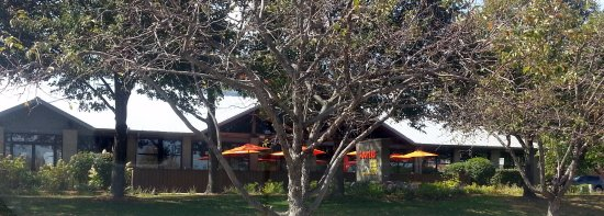 Hooters Schaumburg Front Of Outdoor Dining Area At