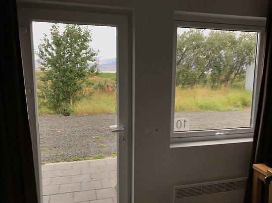 Borgarnes, Islandia: Vista para área externa