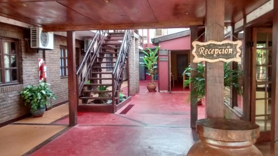 Passaro Suites Hotel: Acceso.