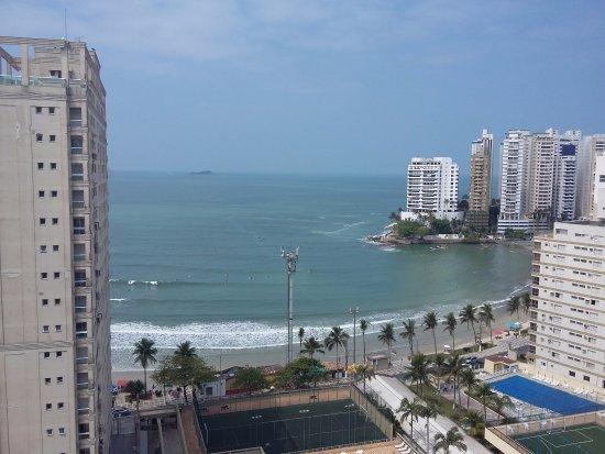 Praia das Astúrias: Vista do alto do prédio