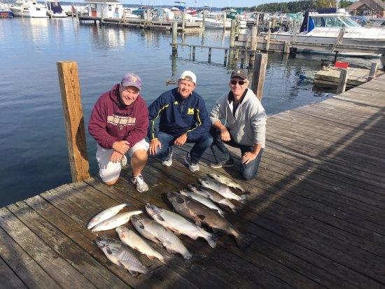 Getlstd property photo bild fr n mega bite fishing for Michigan city fishing charters