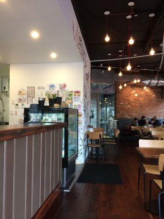 Bassendean, Australia: Counter and seating