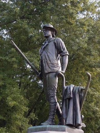 Concord, MA: Closeup of the statue.