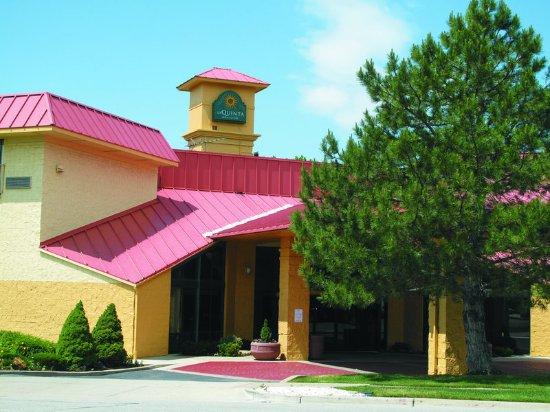 La Quinta Inn & Suites Salt Lake City Layton: ExteriorView