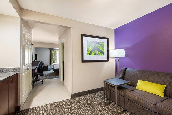 Kearney, NE: Guest Room