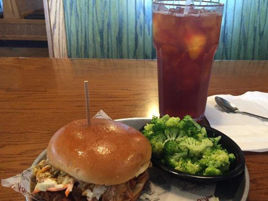 Eustis, FL: Lunch