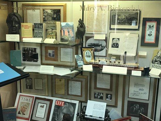 Galesburg, IL: Exhibit about Carl Sandberg and Mary Bickerdyk (Civil War nurse)