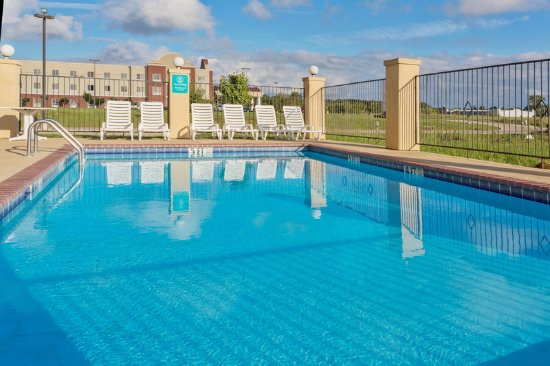 Canton, Mississippi: PoolView