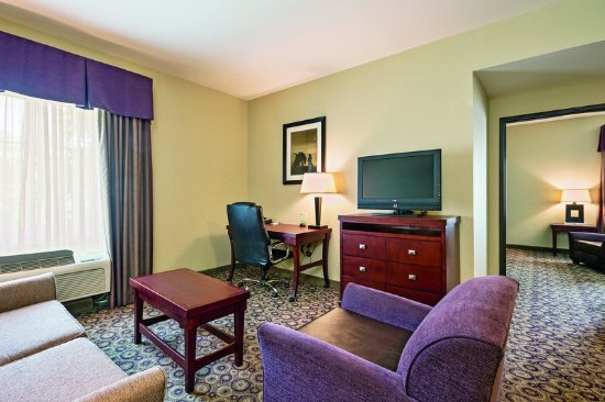 Richland Hills, TX : Suite
