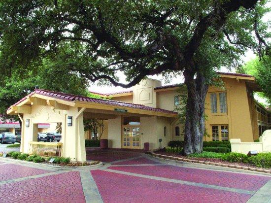 La Quinta Inn Waco University : ExteriorView