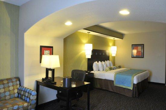 Grand Prairie, TX: Guest Room
