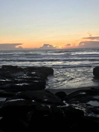 Yachats coastline: Beautiful Pacific sunset