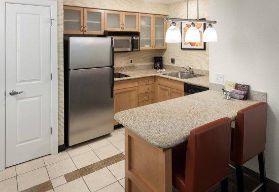 Marlborough, MA: Studio & One-Bedroom Suite - Kitchen