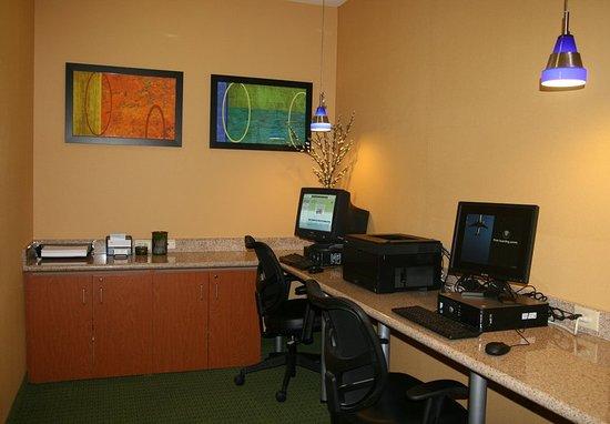 Eden Prairie, MN: Business Center