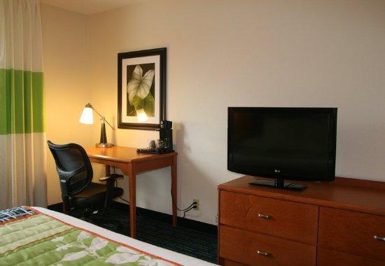 Eden Prairie, MN: Guest Room Work Area