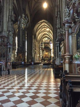 Cathédrale Saint-Étienne (Stephansdom) : photo2.jpg