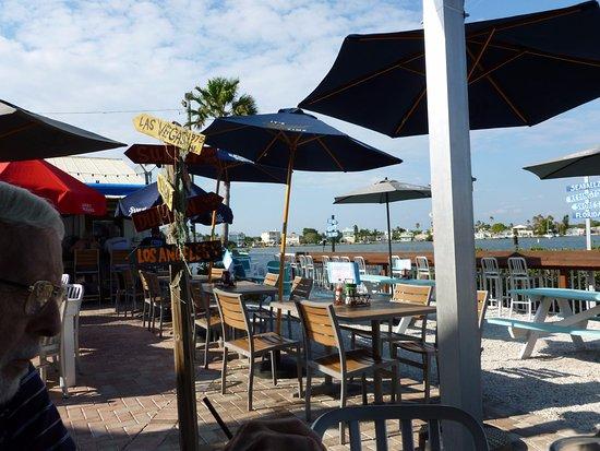 Redington Shores, FL: Great atmosphere