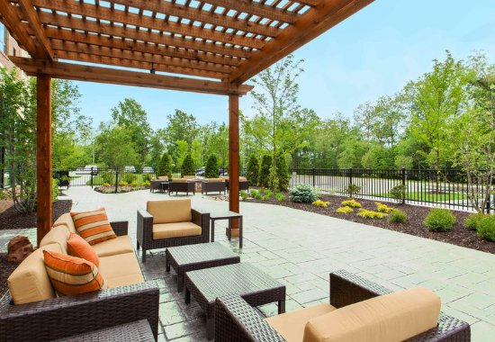 Cranberry Township, PA: Outdoor Patio