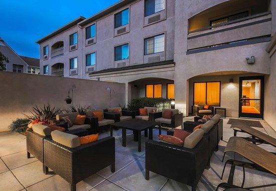 Morgan Hill, Καλιφόρνια: Outdoor Patio