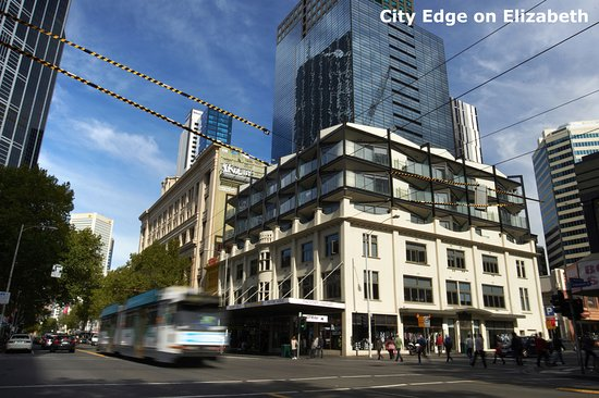 City edge on elizabeth apartment hotel 2018 prices for Appart hotel melbourne