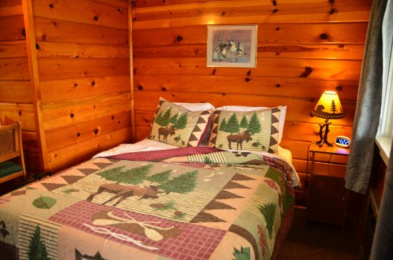 Michigamme, MI: Upper level room