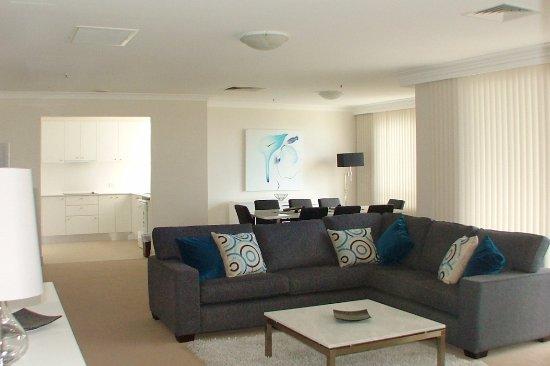 Milsons Point, Avustralya: 3 Bedroom Spacious Apartment.