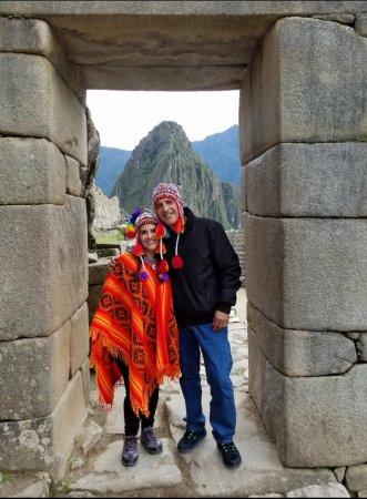 Hotel Torre Dorada: Machu Picchu..Wayna Picchu viewed from Machu Picchu Incan stone door.