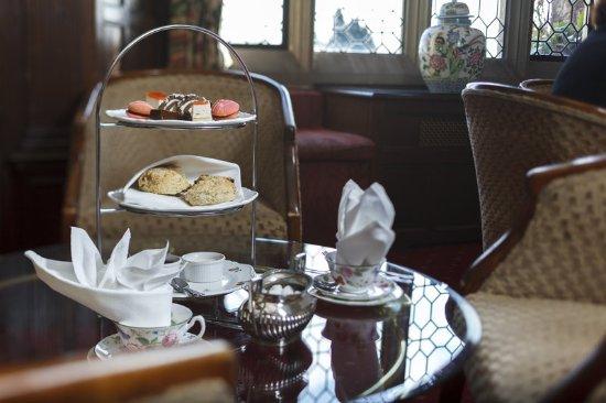 Eastwell Manor: Afternoon tea