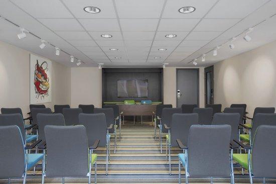Etterbeek, Belgium: Tactic 2 Classroom