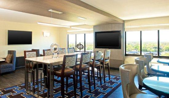 sheraton bucks county hotel updated 2017 prices reviews langhorne pa tripadvisor. Black Bedroom Furniture Sets. Home Design Ideas