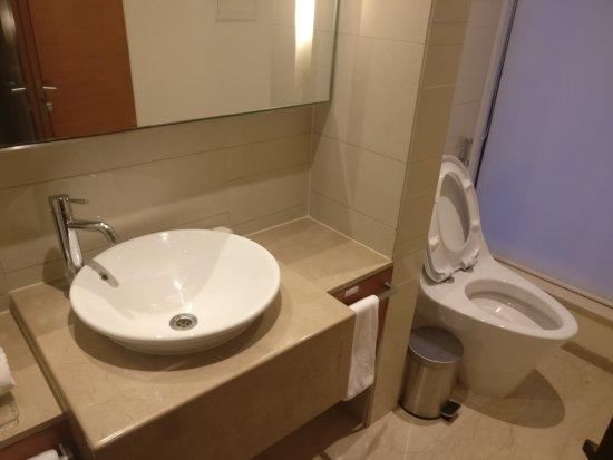 washroom - picture of hyatt pune, pune - tripadvisor