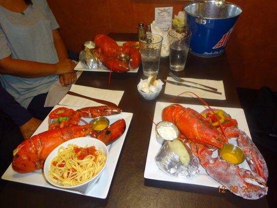 Alma Boathouse: 2 lb lobster dinner delicious