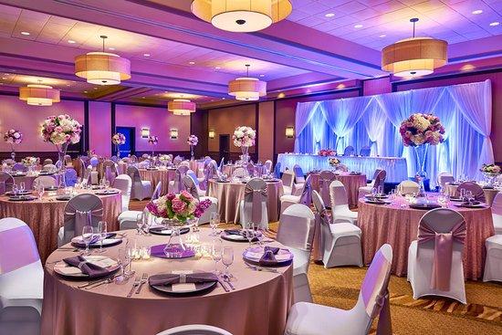 Brown Deer, WI: Milwaukee Ballroom