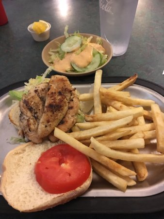 South Congaree Pizza & Family: Chicken Sandwich Platter