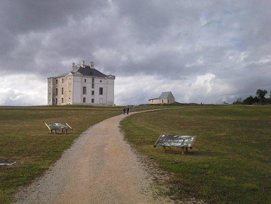 Cruzy-le-Chatel, Frankrig: Une vue d'ensemble