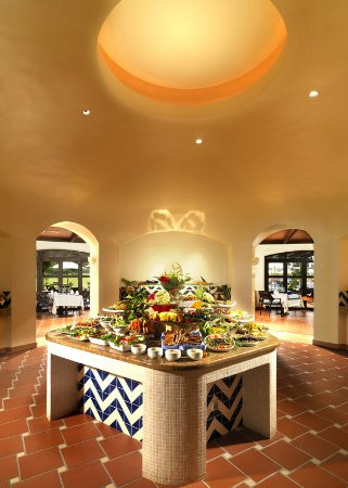 Pine Cliffs Residence, a Luxury Collection Resort: Food