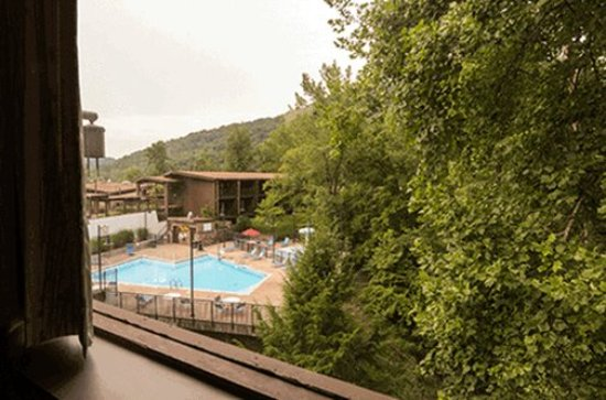 Jenny Wiley State Resort Qsbdrmview