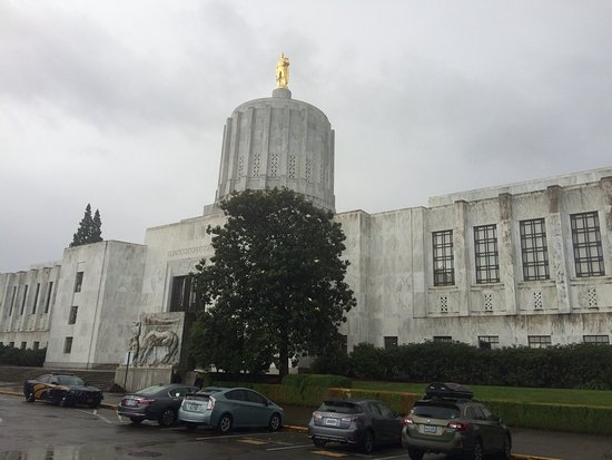 Oregon State Capitol: photo0.jpg