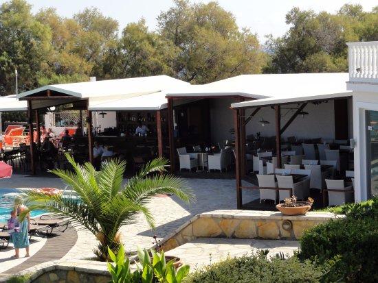 Kypseli, Grecia: bar en gedeelte restaurant